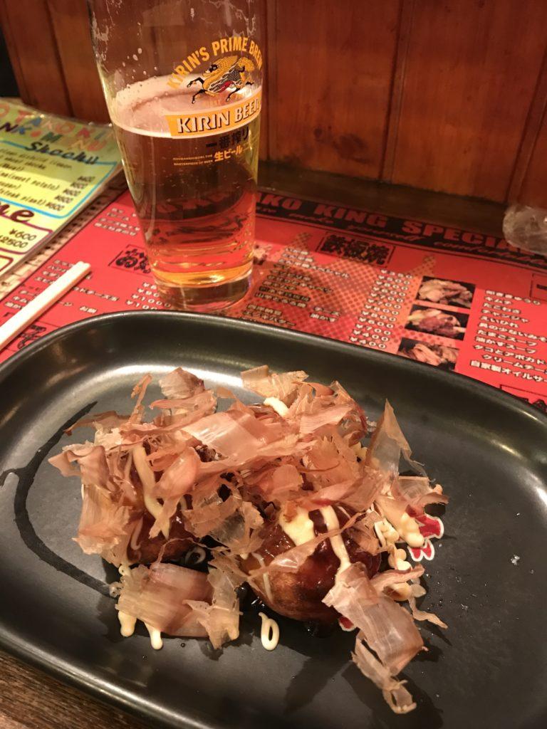 img 0271 768x1024 Osaka (1/3) : orgie alimentaire, cerisiers précoces, pluie, et shopping