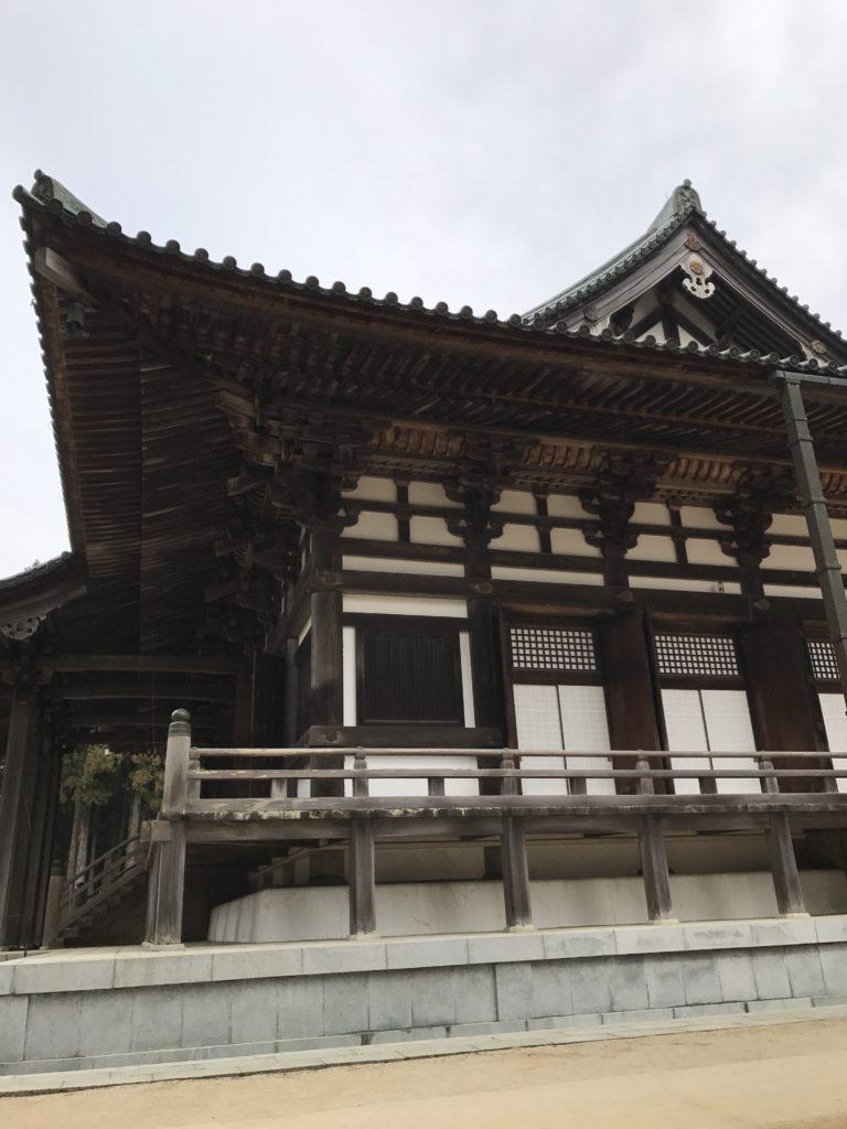 img 0833 768x1024 Koyasan (Mt. Koya) : une nuit parmi les moines, une journée parmi les morts
