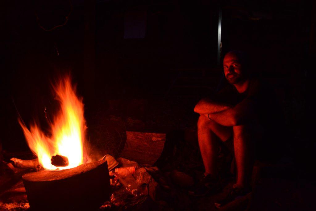 feux 1024x683 Mulu National Park ou Les Dupond et Dupont au pays des sangsues