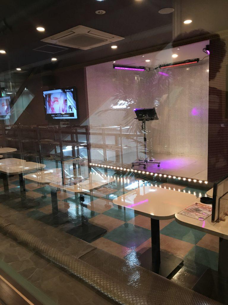 img 1101 768x1024 Osaka (3/3) / Kobe : Boeuf, Clubs et Jeux darcade