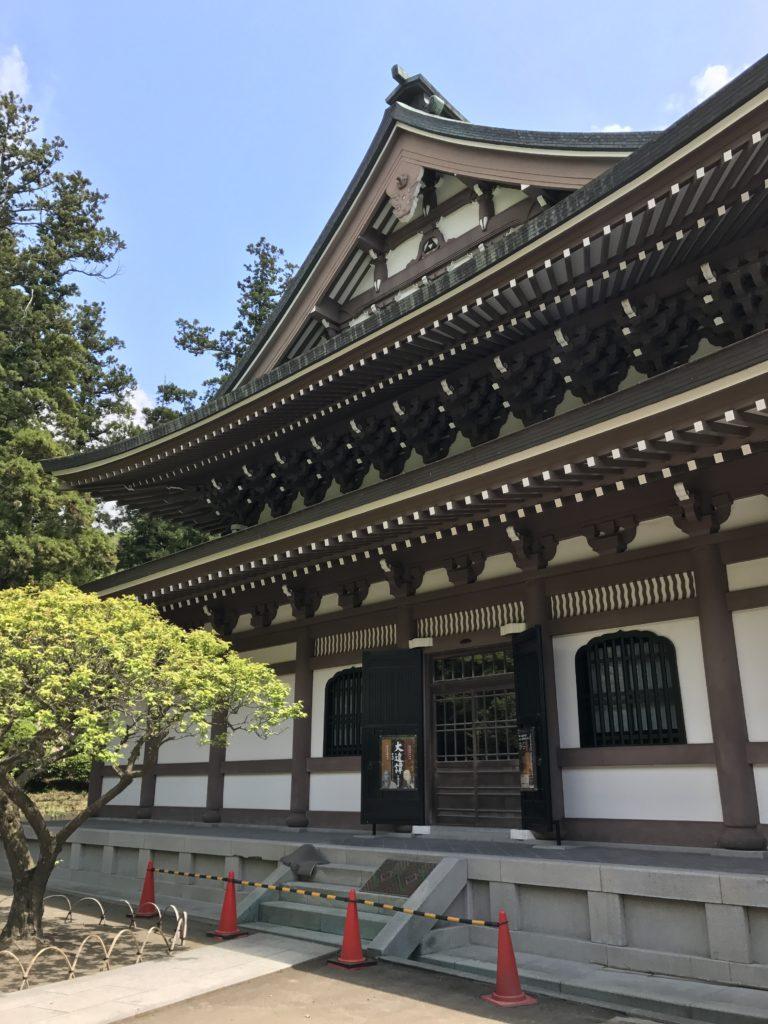 img 1672 768x1024 Kamakura : temples, mer et sushis