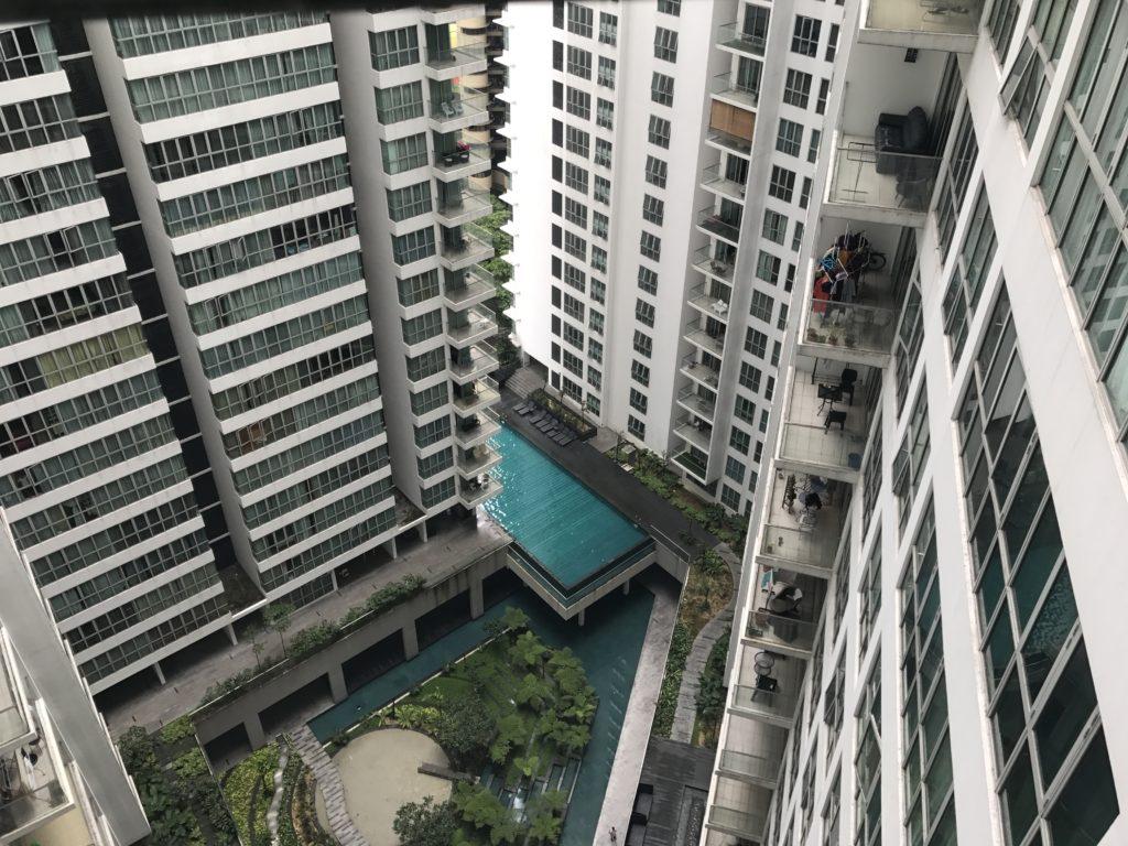 img 2441 1024x768 Kuala Lumpur : mauvais départ, twin towers et cocktails