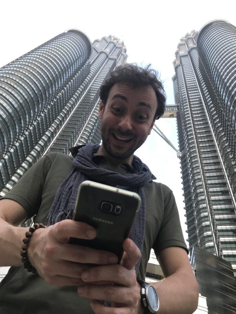 img 2483 768x1024 Kuala Lumpur : mauvais départ, twin towers et cocktails