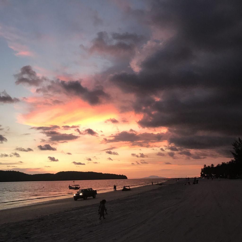 img 3138 1024x1024 Langkawi : plages, jetski et chicha