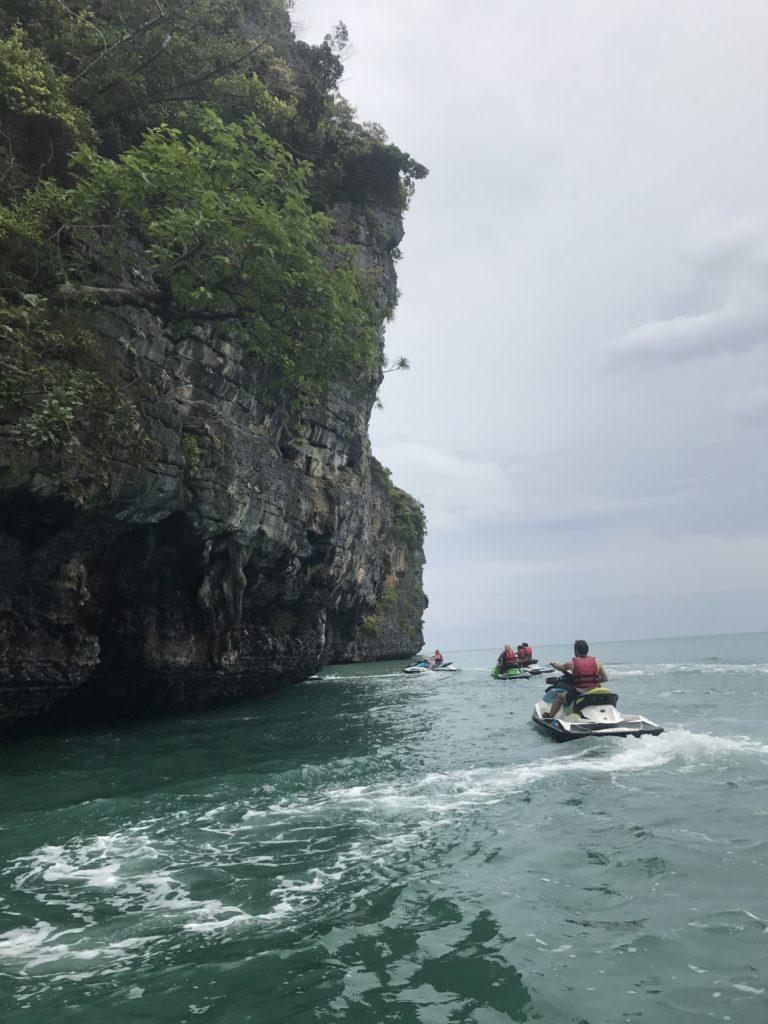 img 3172 768x1024 Langkawi : plages, jetski et chicha
