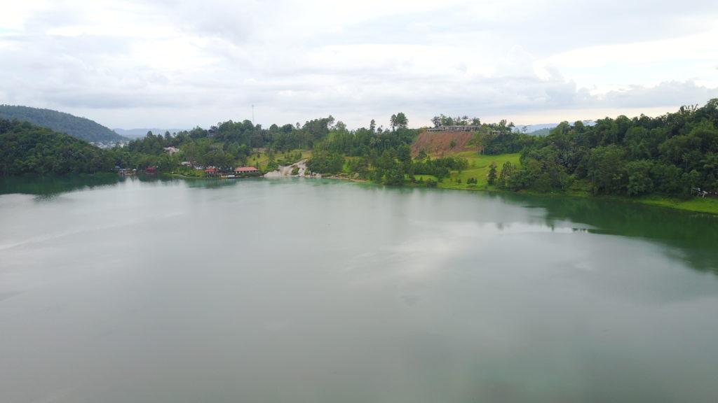 DJI 0668 1024x576 Tomohon : lacs et collines de soufre, marché extrême et harmonie religieuse