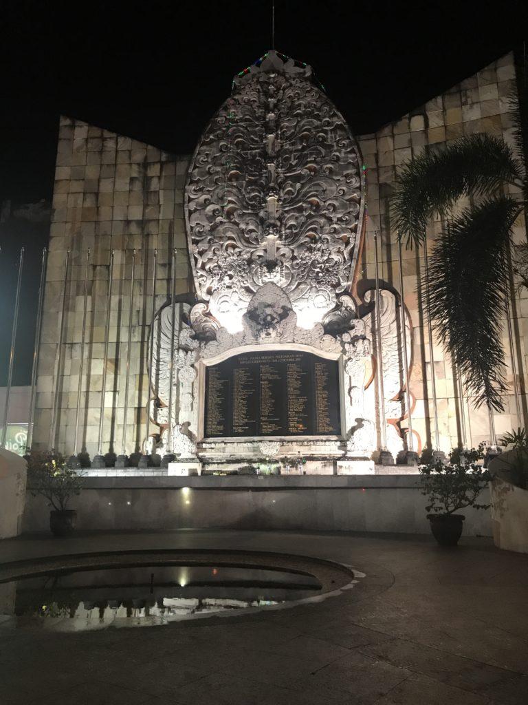 img 4488 768x1024 Seminyak, Canggu, Tanah Lot : temples et dolce vita