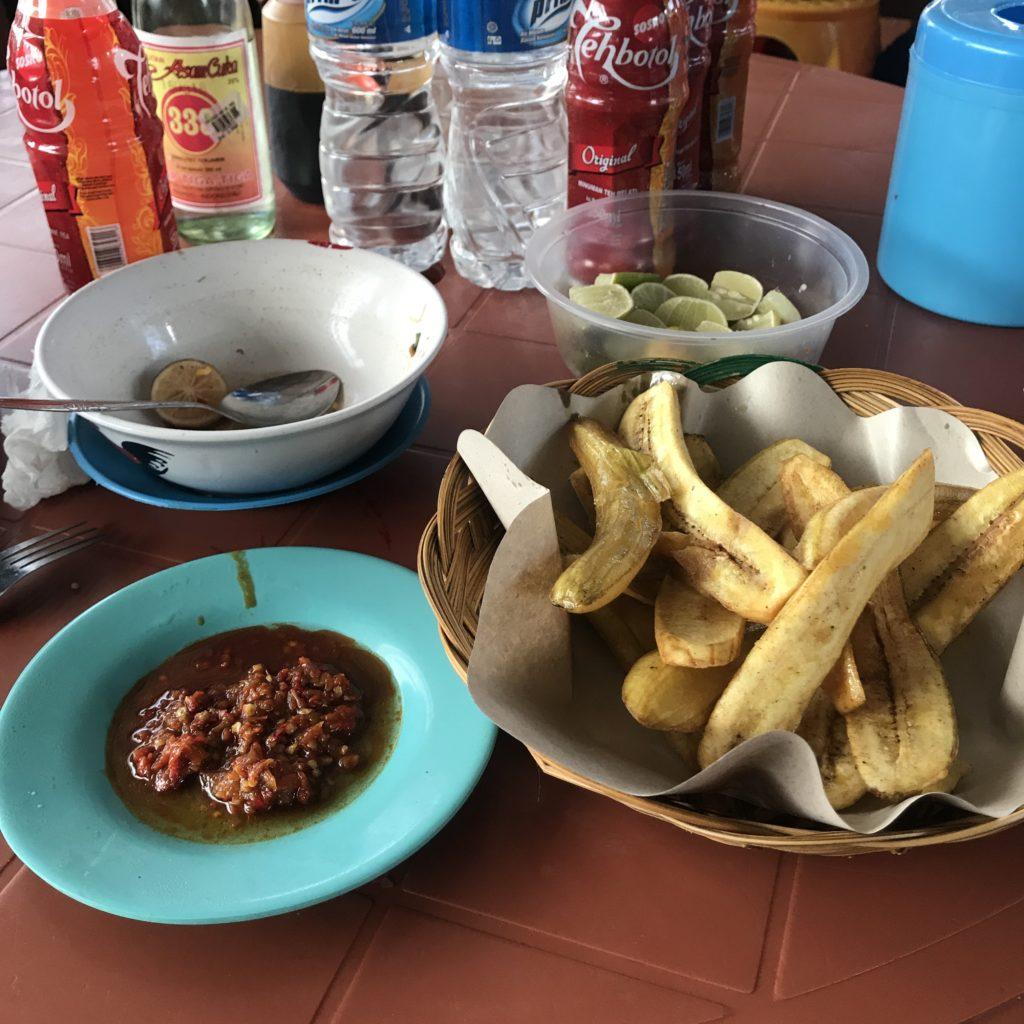 img 5618 1024x1024 Manado, Bunaken : street food, snorkeling et bar reggae
