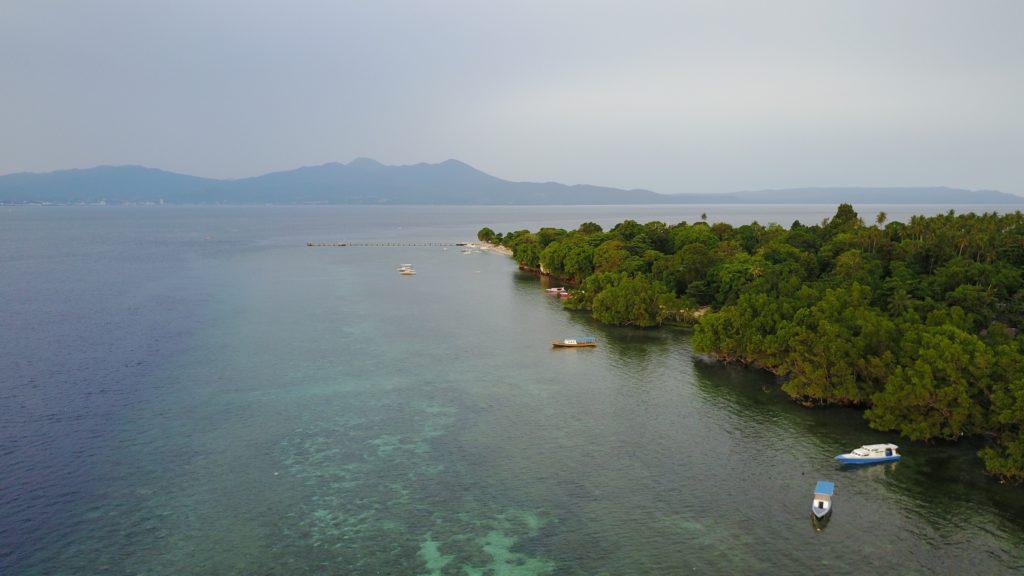 img 5777 1024x576 Manado, Bunaken : street food, snorkeling et bar reggae