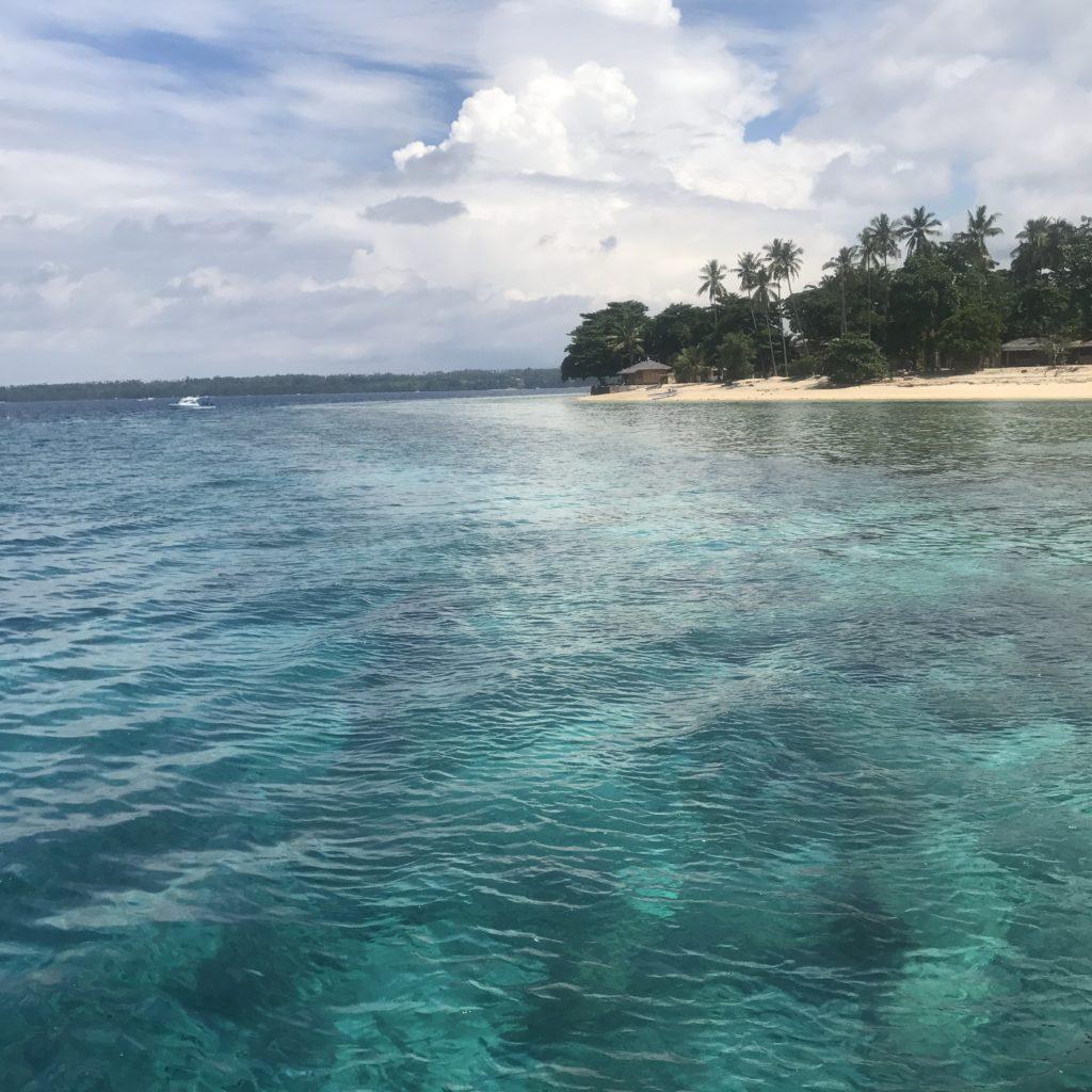 img 5830 1024x1024 Manado, Bunaken : street food, snorkeling et bar reggae
