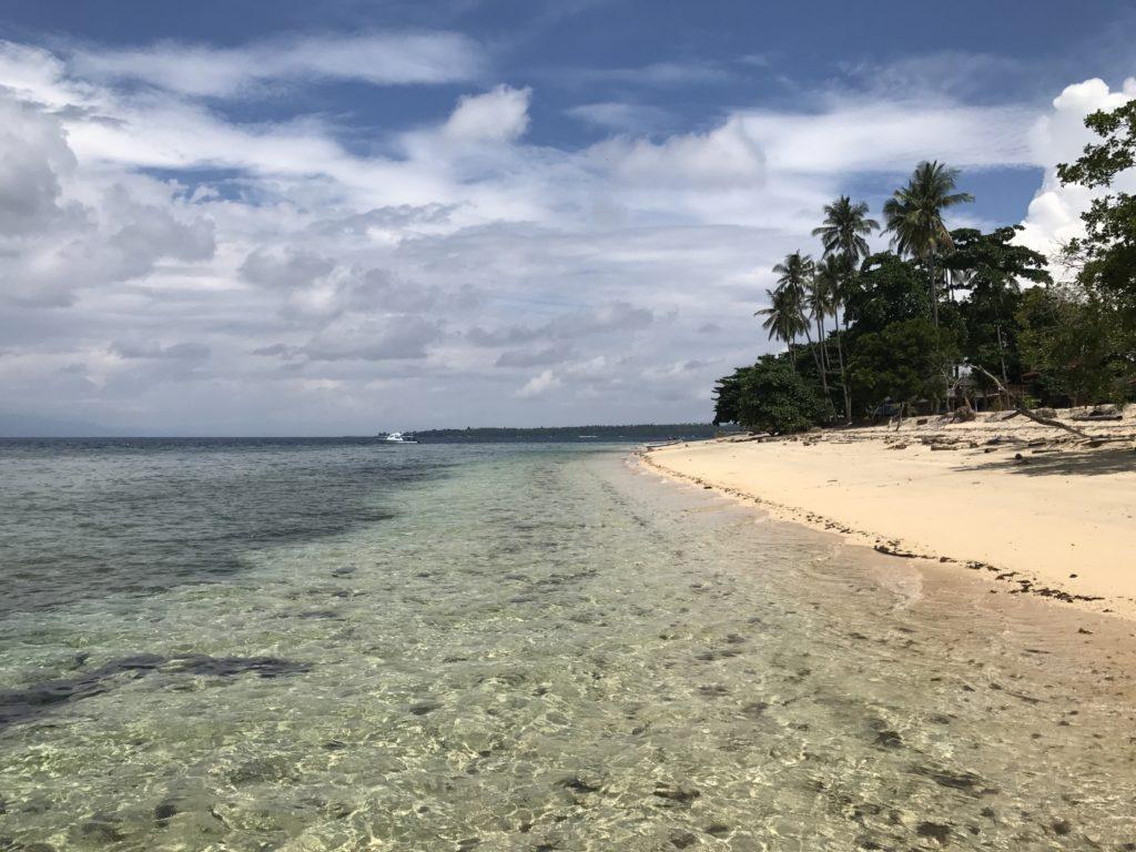 img 5832 1024x768 Manado, Bunaken : street food, snorkeling et bar reggae