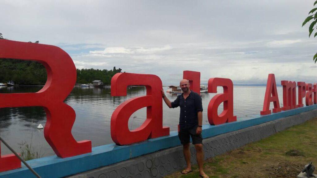 img 6018 1024x576 Raja Ampat : un paradis sur terre (... quand la météo est daccord)