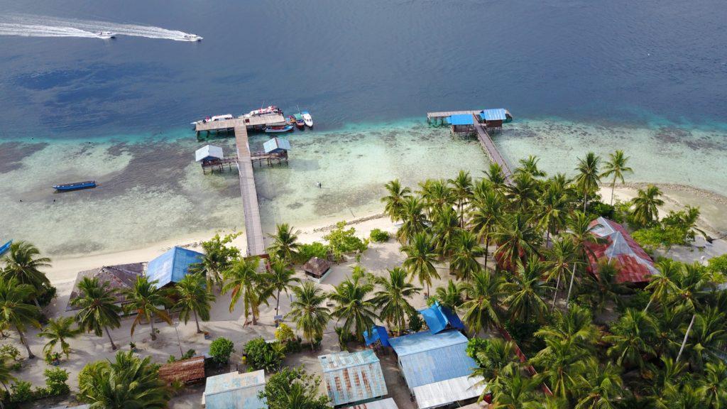 img 6262 1024x576 Raja Ampat : un paradis sur terre (... quand la météo est daccord)