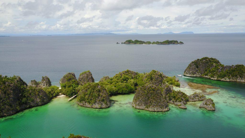 img 6267 1024x576 Raja Ampat : un paradis sur terre (... quand la météo est daccord)