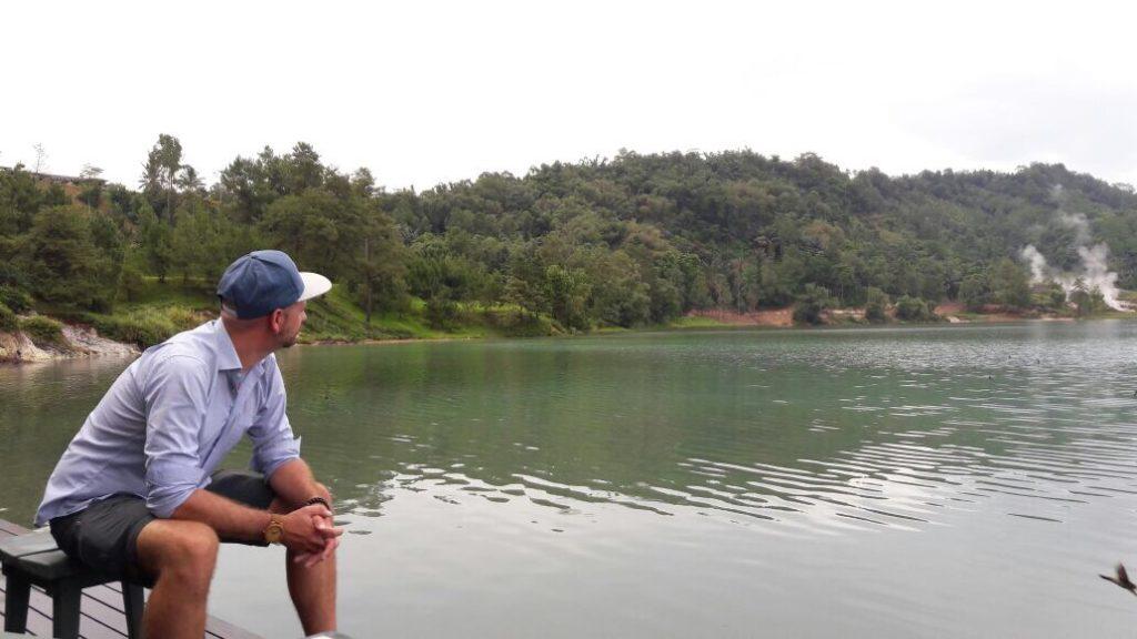 img 6573 1024x576 Tomohon : lacs et collines de soufre, marché extrême et harmonie religieuse