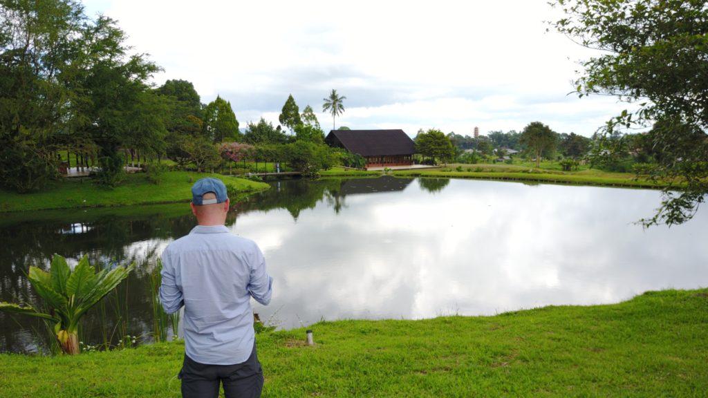 img 6613 1024x576 Tomohon : lacs et collines de soufre, marché extrême et harmonie religieuse