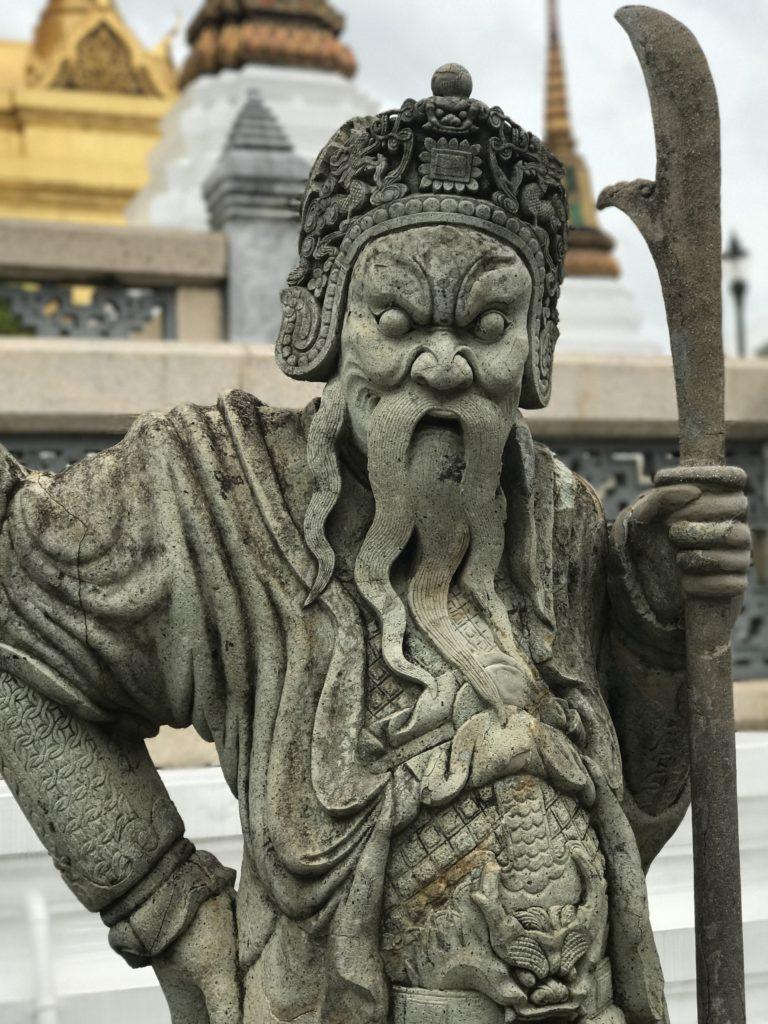 img 6851 768x1024 Bangkok : bouclons la boucle aux temples (du shopping)