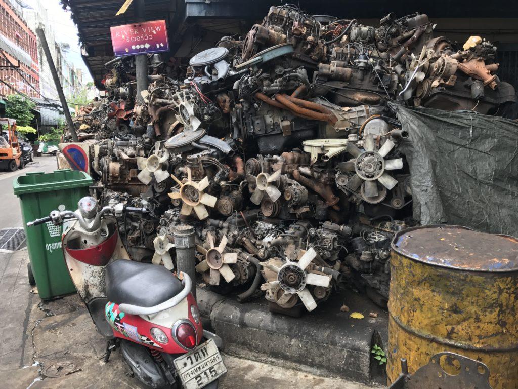 img 6874 1024x768 Bangkok : bouclons la boucle aux temples (du shopping)