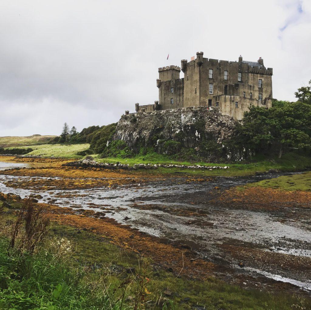 img 1051 1024x1020 Île de Skye : Châteaux, Moutons et Merveilles